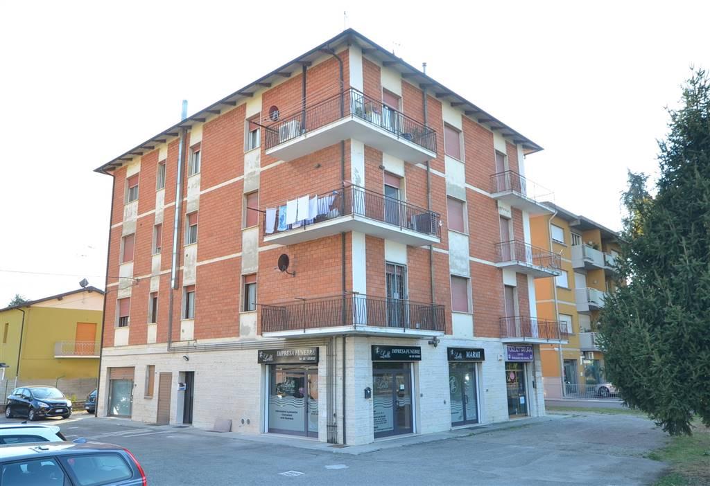 Appartamento in vendita a Valsamoggia, 5 locali, zona Località: BAZZANO, prezzo € 99.000 | CambioCasa.it