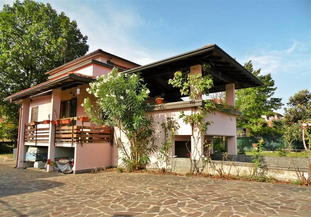 Villa, Busnago, abitabile