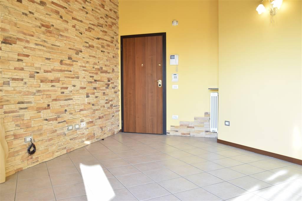 Appartamento in vendita a Roncello, 3 locali, prezzo € 125.000 | PortaleAgenzieImmobiliari.it