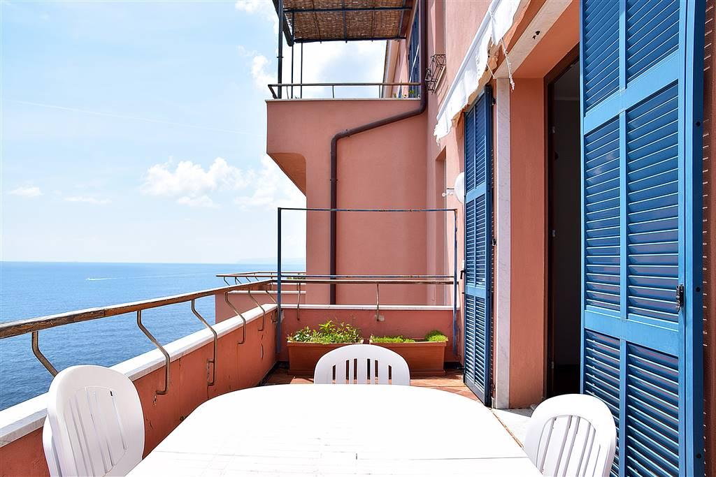 Appartamento in vendita a Arenzano, 5 locali, zona ta di Arenzano, prezzo € 1.300.000 | PortaleAgenzieImmobiliari.it