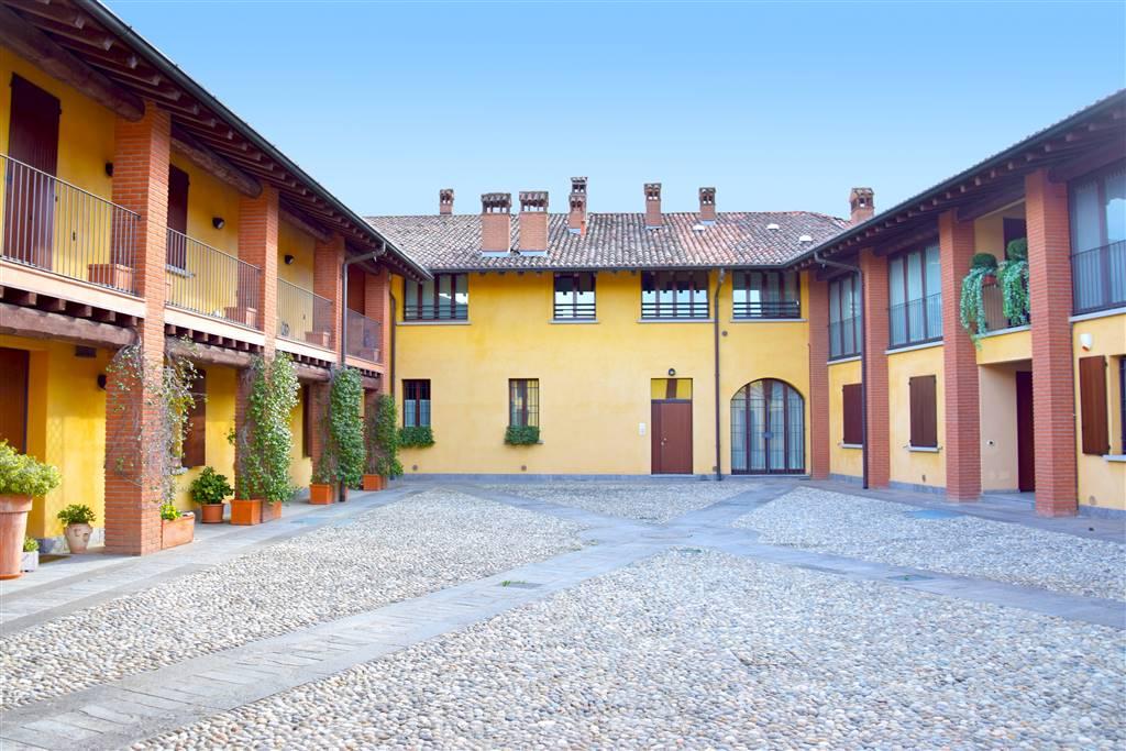 Attico / Mansarda in affitto a Trezzo sull'Adda, 4 locali, prezzo € 2.200 | PortaleAgenzieImmobiliari.it