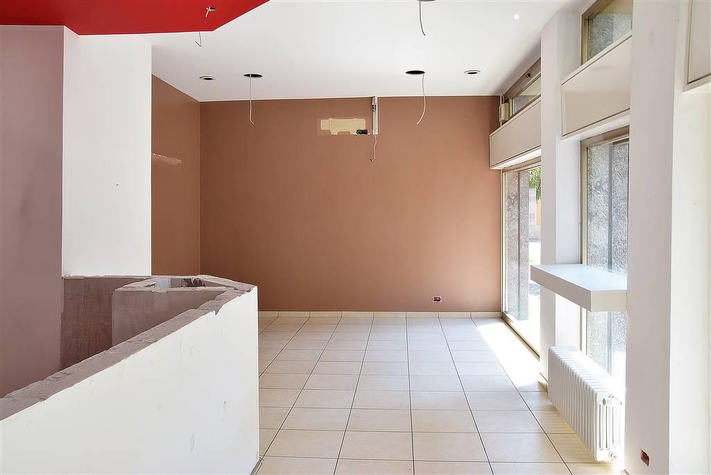 Negozio / Locale in affitto a Trezzo sull'Adda, 3 locali, prezzo € 900 | PortaleAgenzieImmobiliari.it