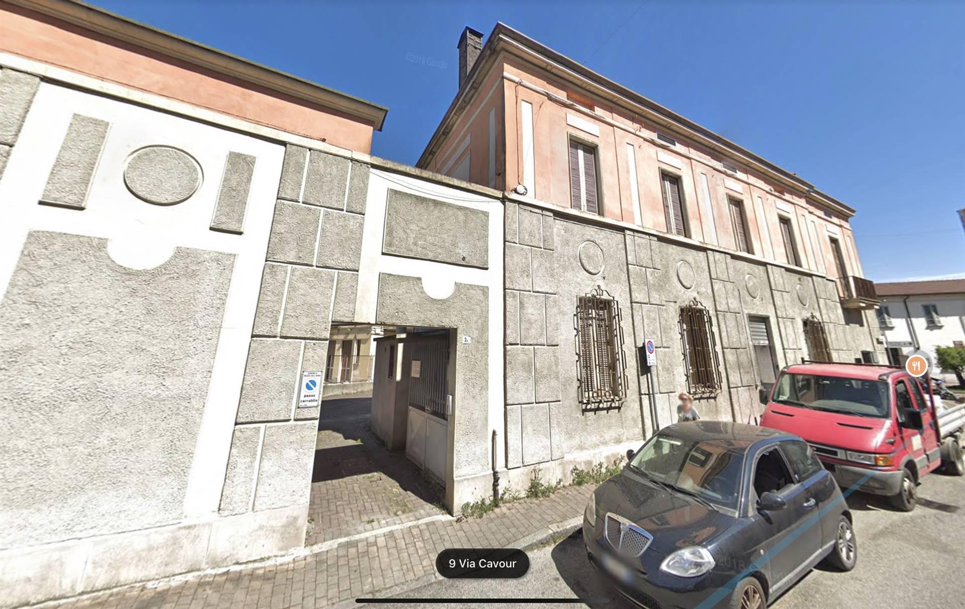 Soluzione Indipendente in vendita a Trezzo sull'Adda, 20 locali, prezzo € 480.000 | CambioCasa.it