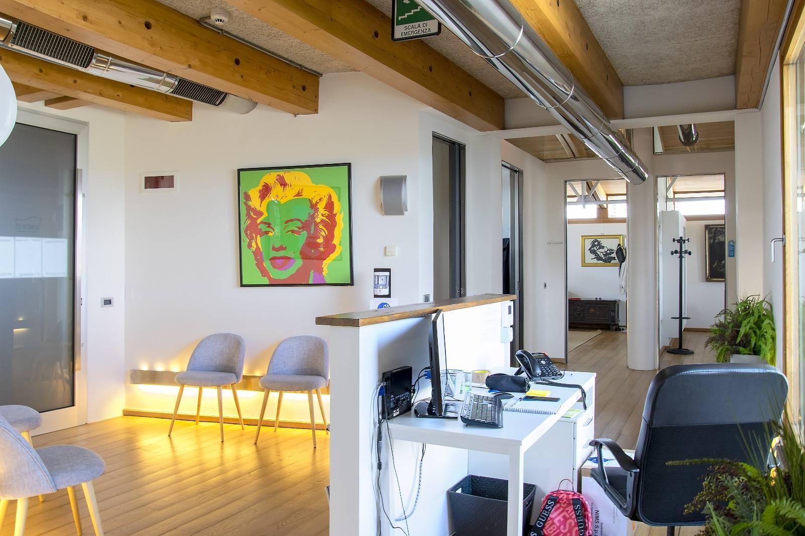 Ufficio / Studio in affitto a Brembate, 1 locali, prezzo € 400 | PortaleAgenzieImmobiliari.it