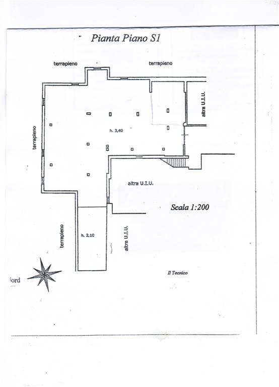 Capannone in vendita a Vico Equense, 1 locali, zona Zona: Vico Equense (Capoluogo), prezzo € 230.000 | CambioCasa.it