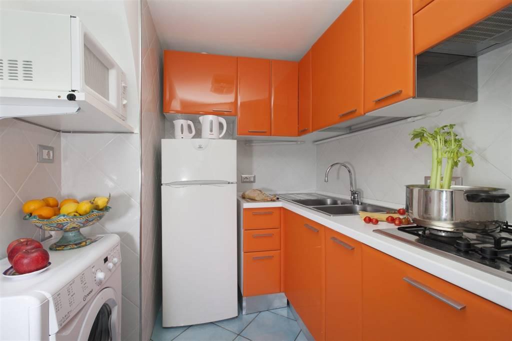 Appartamento in affitto a Massa Lubrense, 3 locali, prezzo € 600   CambioCasa.it