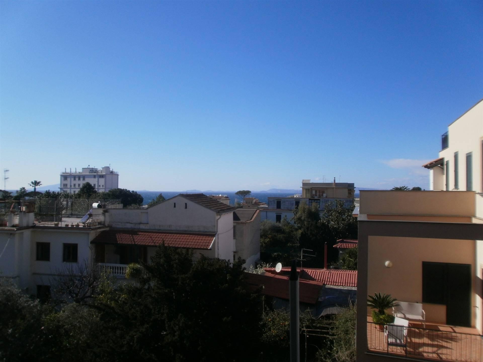 Appartamento in vendita a Sant'Agnello, 4 locali, prezzo € 980.000   CambioCasa.it