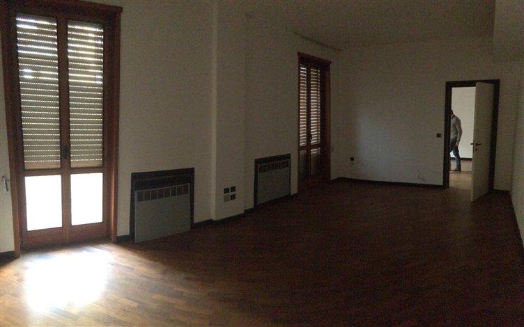 Appartamento in Corsi Vittorio Emanuele, Centro Storico, Piacenza