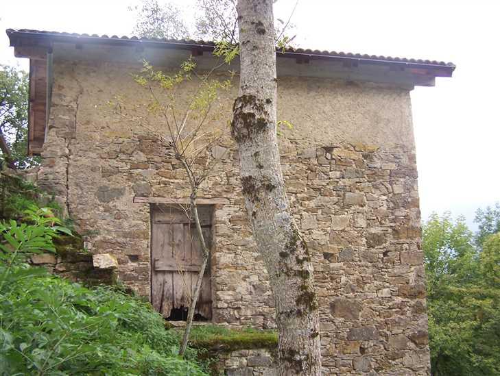 Rustico / Casale in vendita a Ottone, 2 locali, zona ome, prezzo € 8.500 | PortaleAgenzieImmobiliari.it