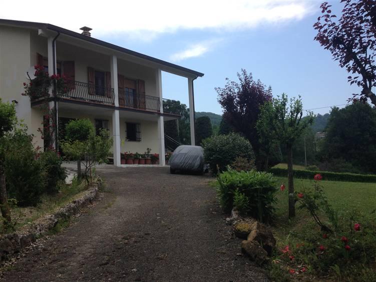Casa singola, Groppovisdomo, Gropparello
