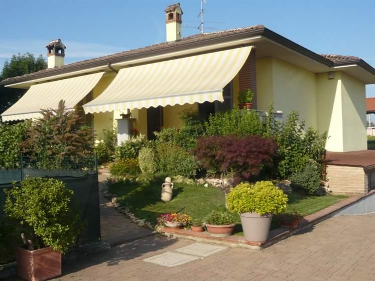 Villa, Piacenza, in nuova costruzione