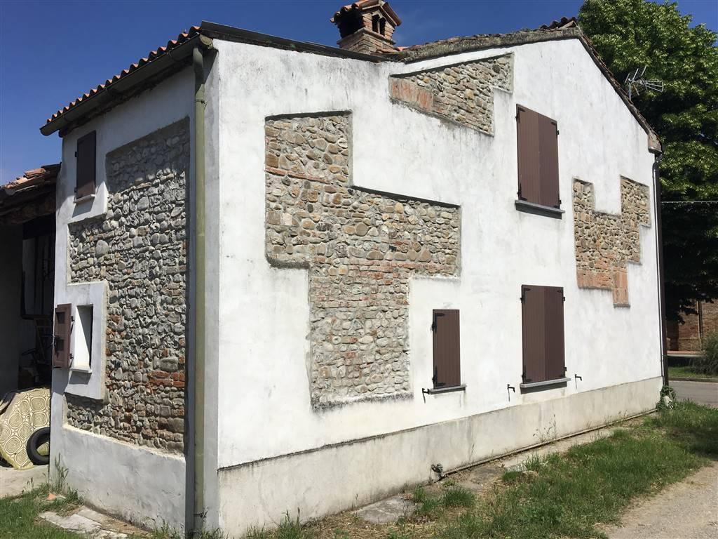 Casa semi indipendente, Valconasso, Pontenure, abitabile