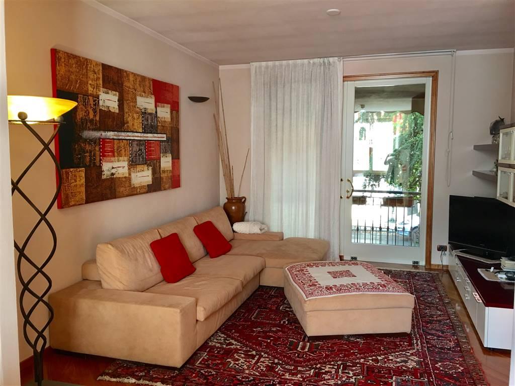 Casa singola, Infrangibile, Piacenza, in ottime condizioni