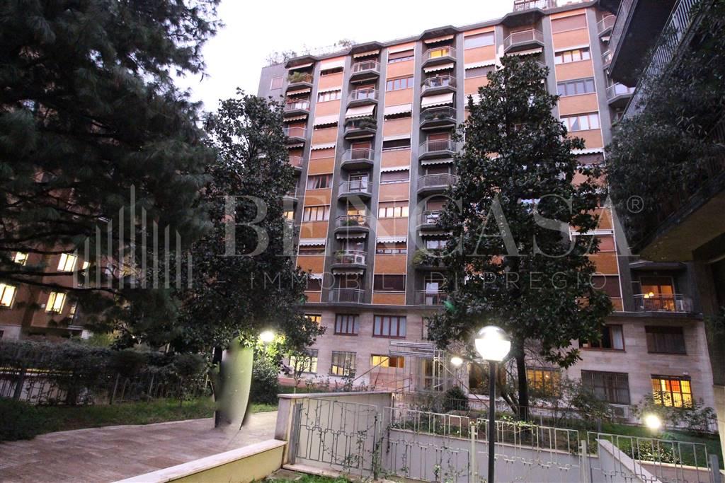 Appartamento in Via Mameli  11, Buenos Aires, Indipendenza, P.ta Venezia, Milano
