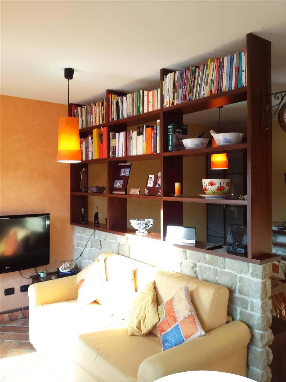 Appartamento in affitto a Cuasso al Monte, 1 locali, prezzo € 550 | PortaleAgenzieImmobiliari.it
