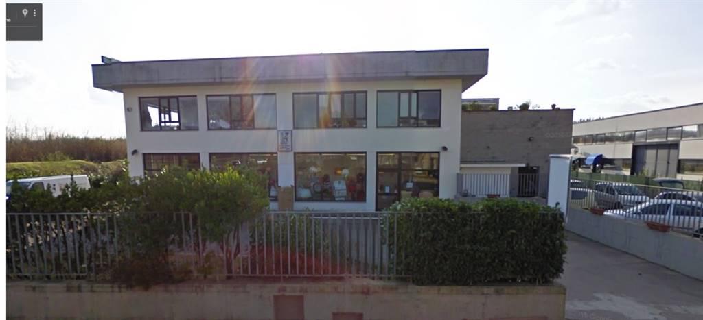 Laboratorio in vendita a Lastra a Signa, 5 locali, zona Zona: Ginestra Fiorentina, prezzo € 306.000 | CambioCasa.it