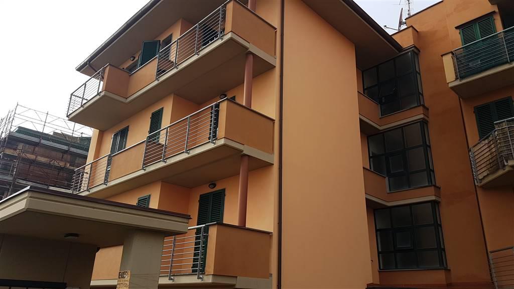 Appartamento in vendita a Capraia e Limite, 4 locali, prezzo € 229.000   CambioCasa.it