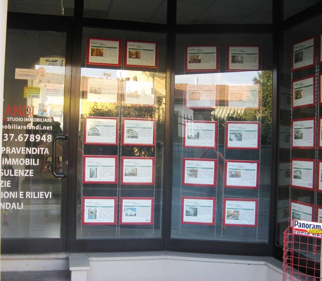 Bar in vendita a Signa, 3 locali, Trattative riservate | CambioCasa.it