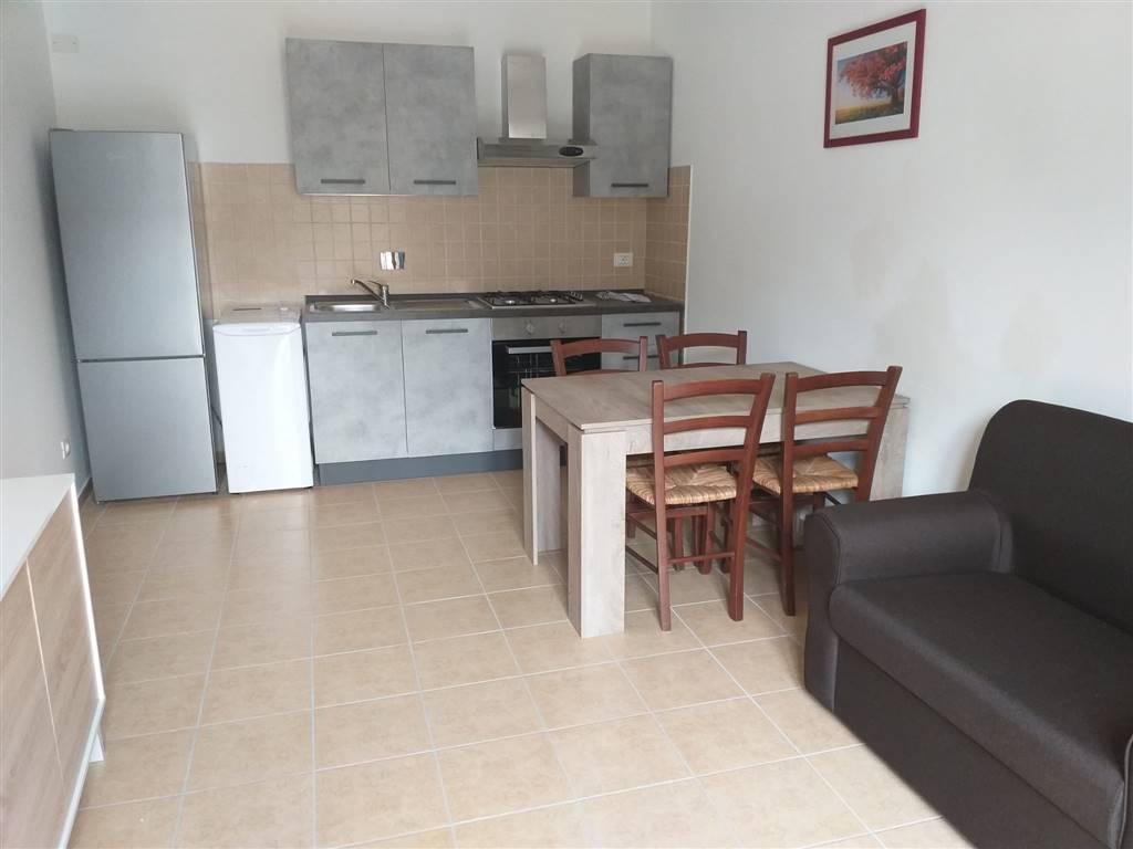 Soluzione Indipendente in affitto a Lastra a Signa, 4 locali, prezzo € 650   CambioCasa.it