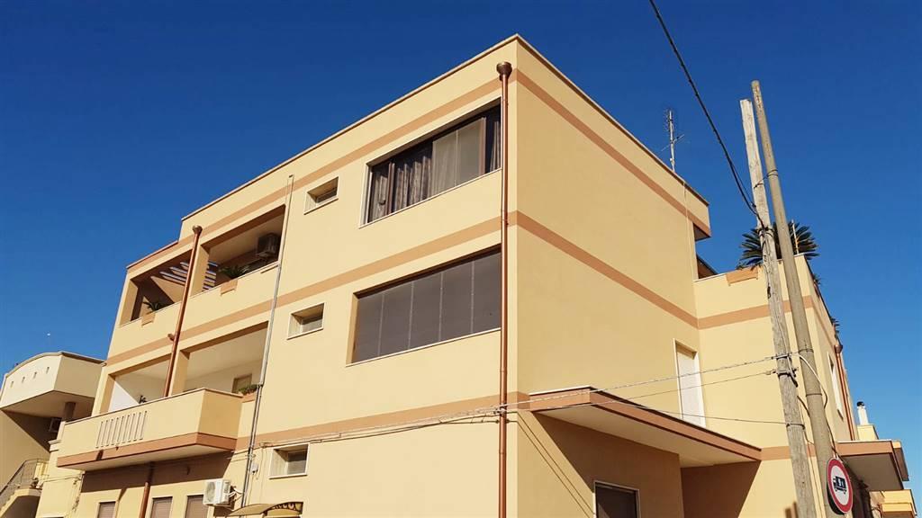 Appartamento in vendita a Mesagne, 5 locali, zona Località: MATERDOMINI, prezzo € 45.000   PortaleAgenzieImmobiliari.it