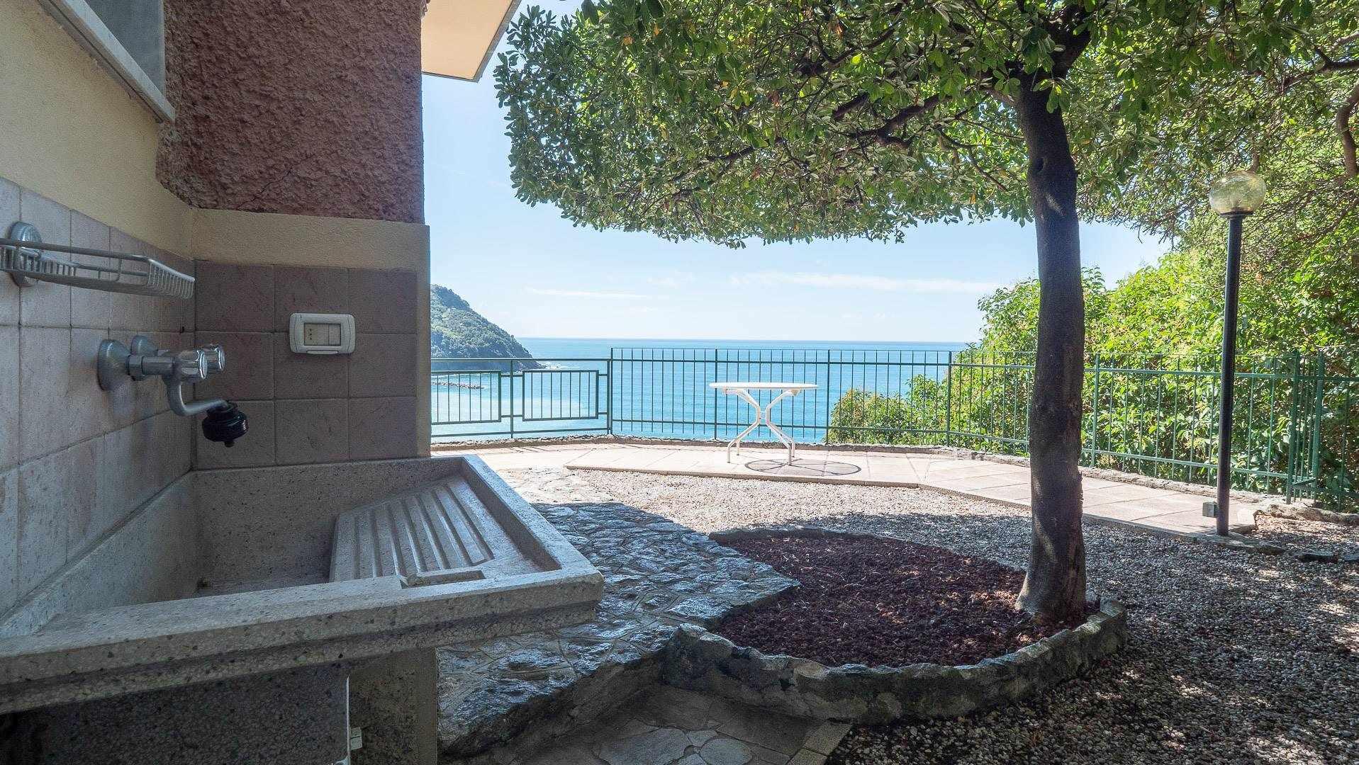 Appartamento in vendita a Levanto, 5 locali, Trattative riservate | PortaleAgenzieImmobiliari.it