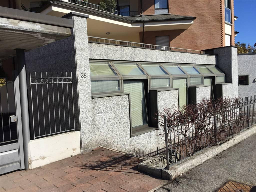 Porta Ingresso Ufficio : Ufficio in vendita a biella zona semicentro rif. 444