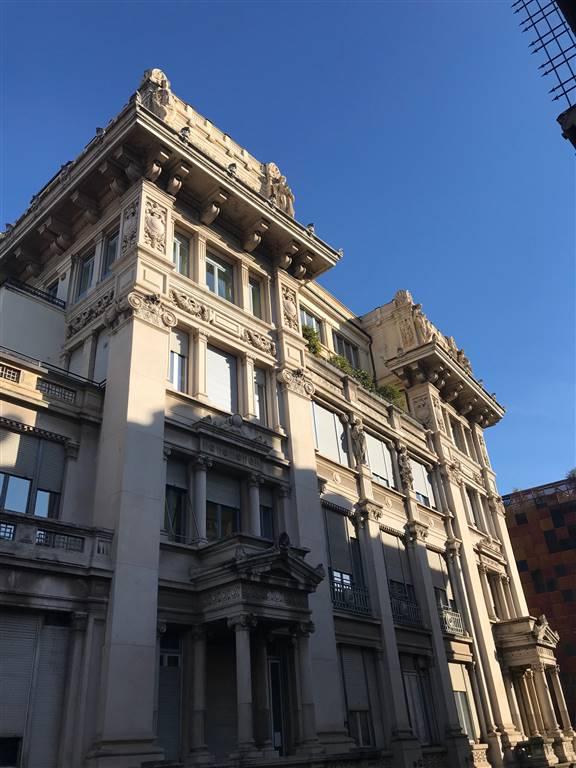 Cordusio - Duomo in signorile ed palazzo d'epoca con portineria elegante ufficio - show room 115 mq ca. suddivisione ottima e razionale, molto