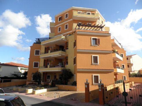 Appartamento in vendita a Olbia - Porto Rotondo, 3 locali, zona Località: VIA BARCELLONA, prezzo € 155.000 | CambioCasa.it