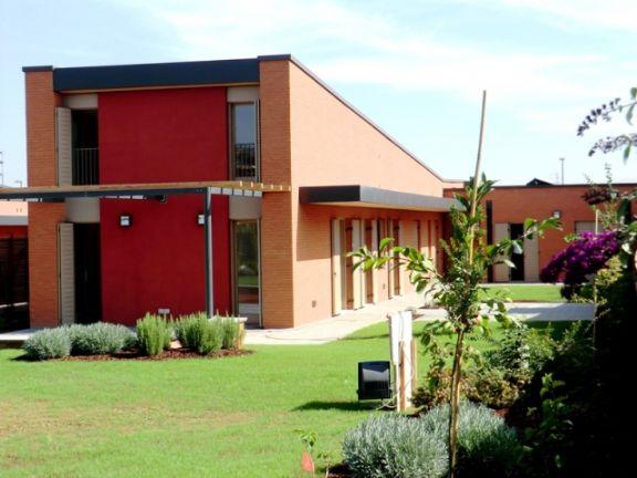 Villa a COLLECCHIO