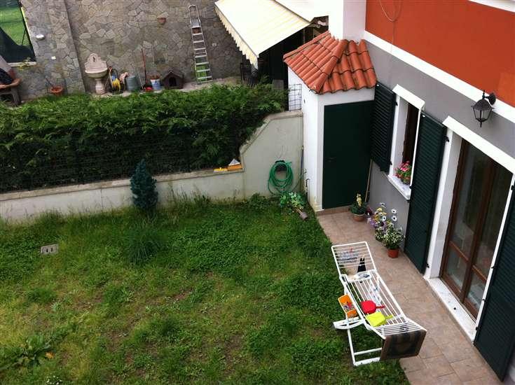 Soluzione Semindipendente in vendita a Podenzana, 6 locali, zona Zona: Montedivalli, prezzo € 195.000   CambioCasa.it