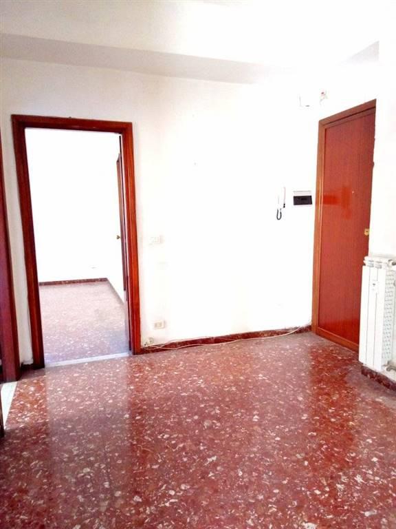 Appartamento in vendita a La Spezia, 5 locali, zona Località: OSPEDALE, prezzo € 175.000   CambioCasa.it