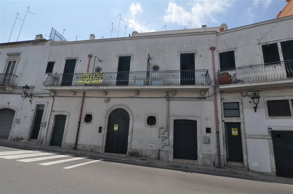 Appartamento in vendita a Martina Franca, 3 locali, prezzo € 110.000 | CambioCasa.it