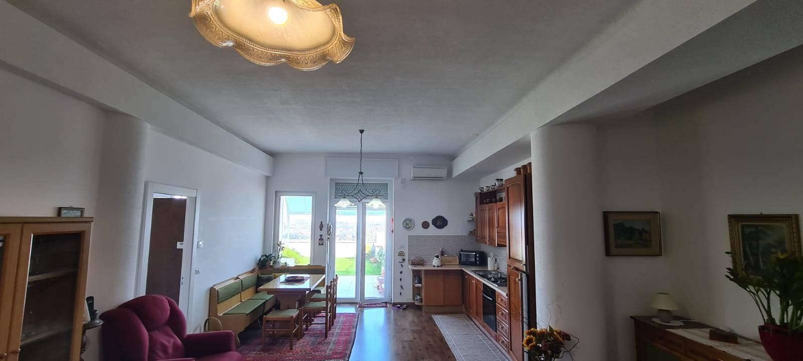 Appartamento in affitto a Martina Franca, 3 locali, prezzo € 700   CambioCasa.it