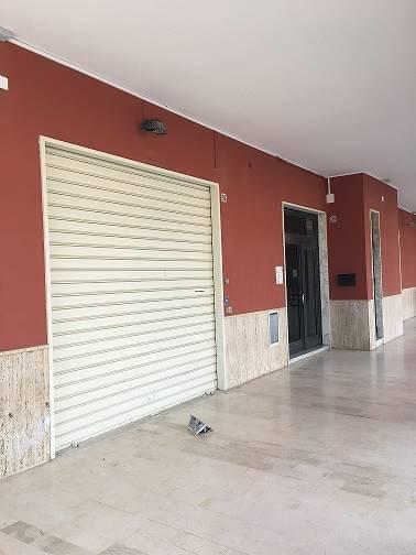 Locale commerciale in Via Degli Orti 92, Caltanissetta