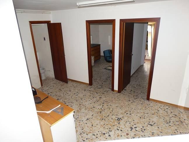 Quadrilocale in Via Sant'agata 33, Zona Monte, Enna