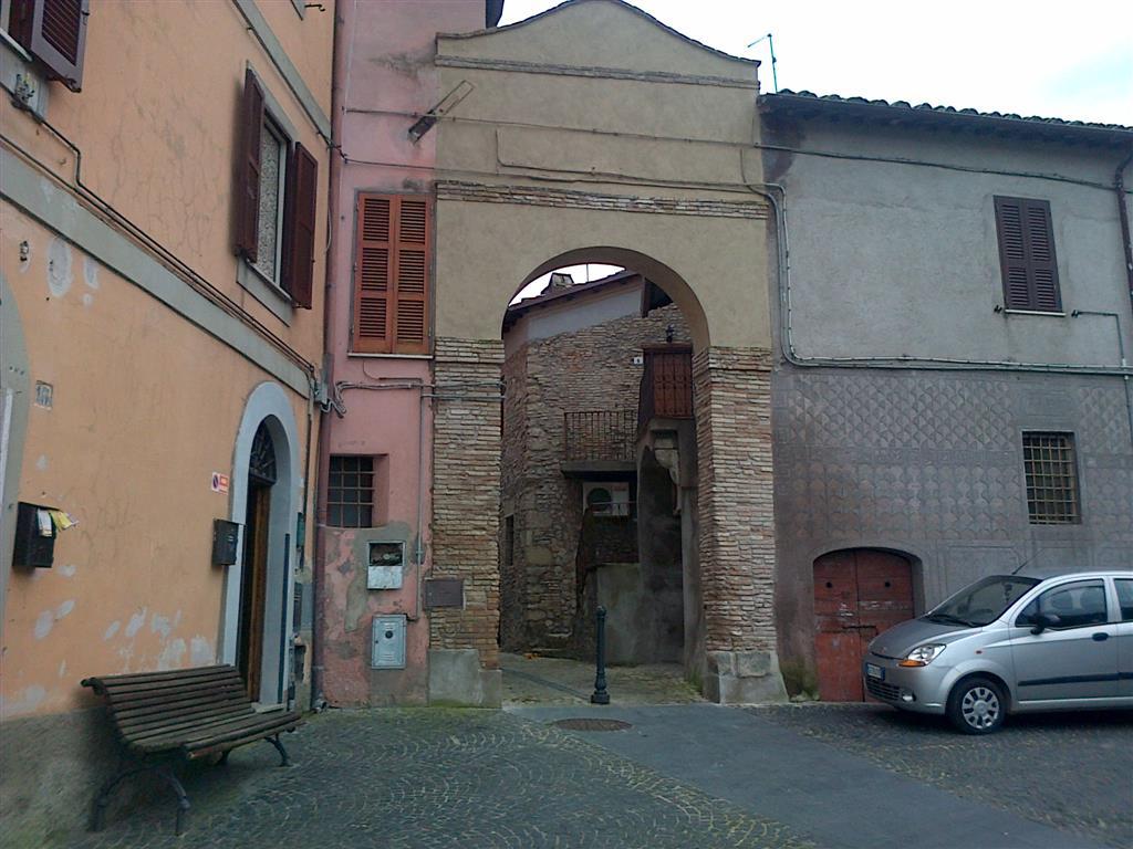 Appartamento in vendita a Nazzano, 3 locali, prezzo € 27.000   CambioCasa.it