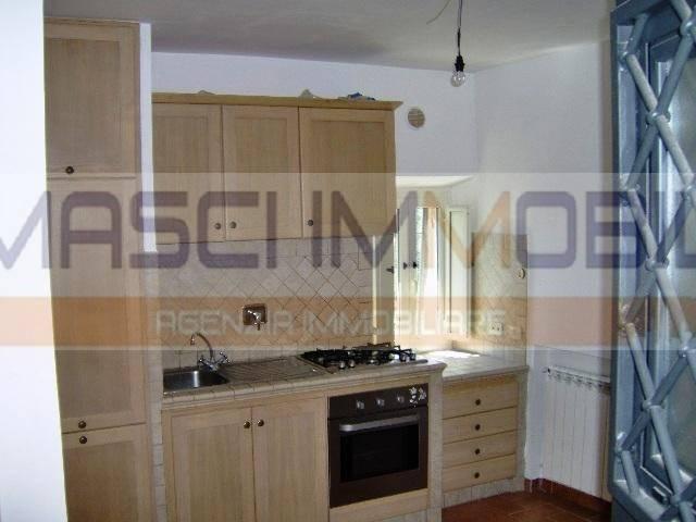 Appartamento in vendita a Civitella San Paolo, 2 locali, prezzo € 30.000   CambioCasa.it
