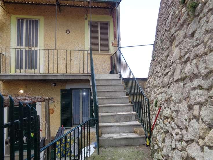 Appartamento indipendente, Civitella San Paolo, da ristrutturare