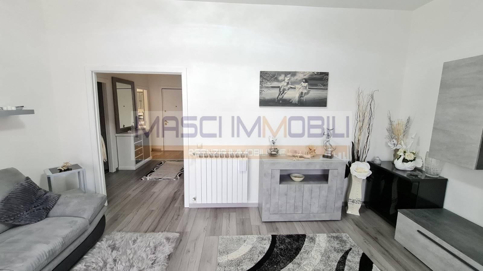 Appartamento in vendita a Civitella San Paolo, 3 locali, prezzo € 90.000   CambioCasa.it