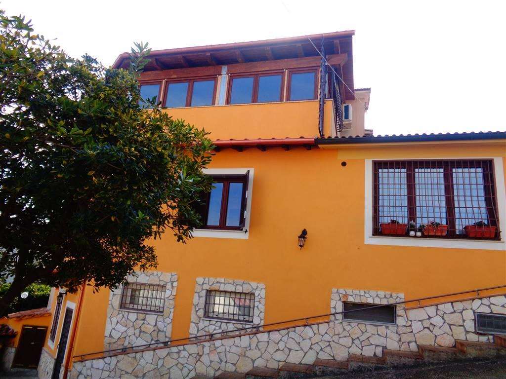 Appartamento indipendente in Via A. De Gasperi, Fiano Romano