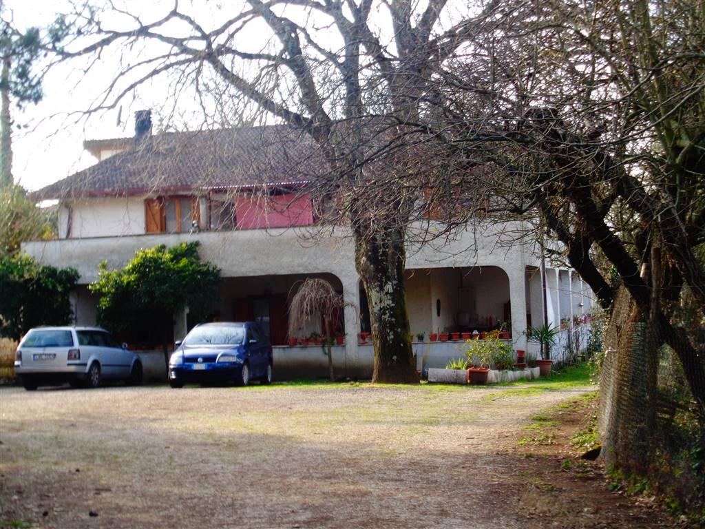 Appartamento in vendita a Sant'Oreste, 4 locali, prezzo € 59.000 | CambioCasa.it