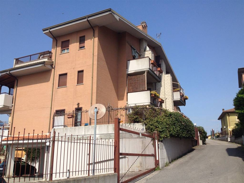 Trilocale in Via San Martino 203, Monterotondo