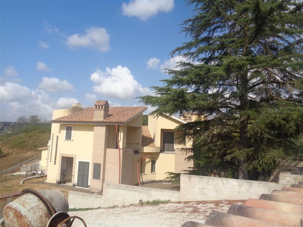 Bifamiliare in Via Lombardia  5, Capena