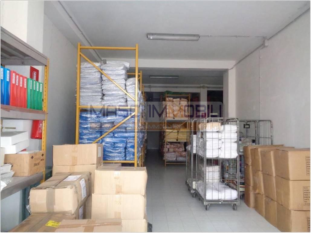 Magazzino in vendita a Fiano Romano, 9999 locali, prezzo € 135.000   CambioCasa.it