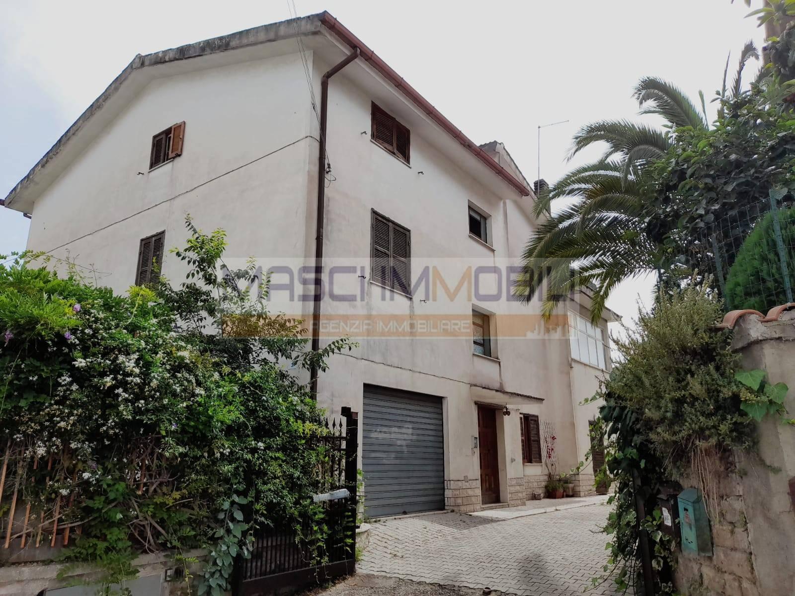 Appartamento in vendita a Fiano Romano, 3 locali, prezzo € 90.000 | CambioCasa.it