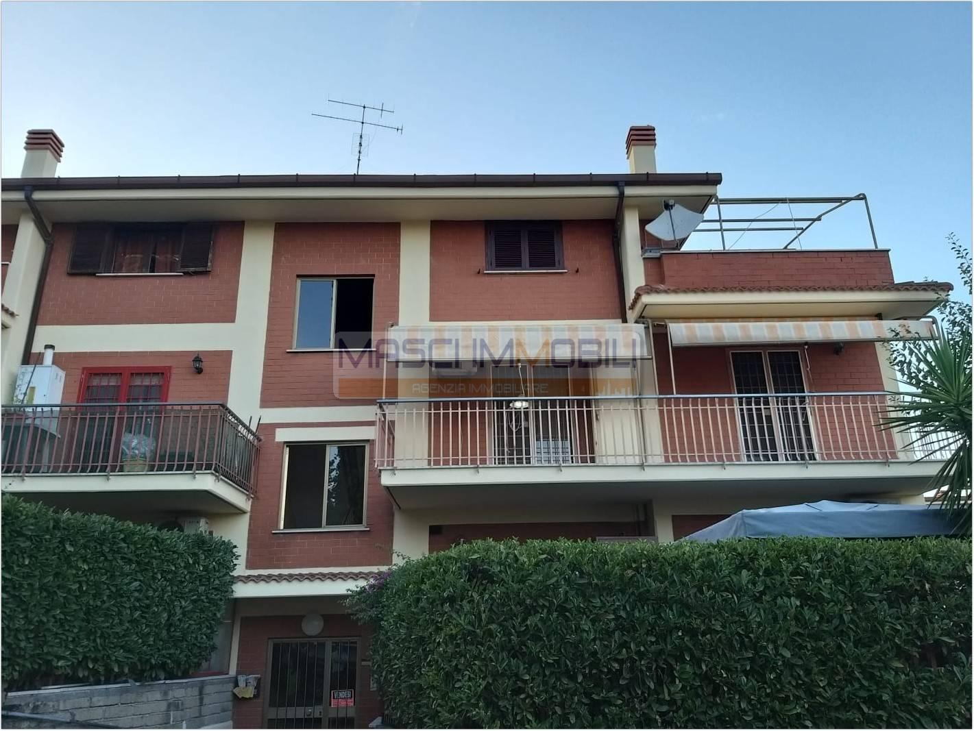 Appartamento in vendita a Fonte Nuova, 3 locali, zona Lupara, prezzo € 125.000 | PortaleAgenzieImmobiliari.it