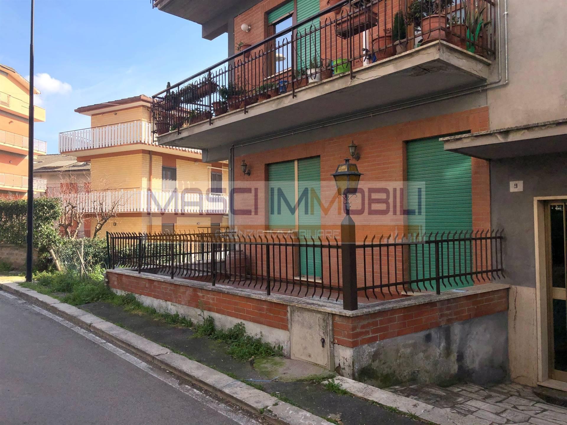 Appartamento in vendita a Civitella San Paolo, 3 locali, prezzo € 85.000 | CambioCasa.it