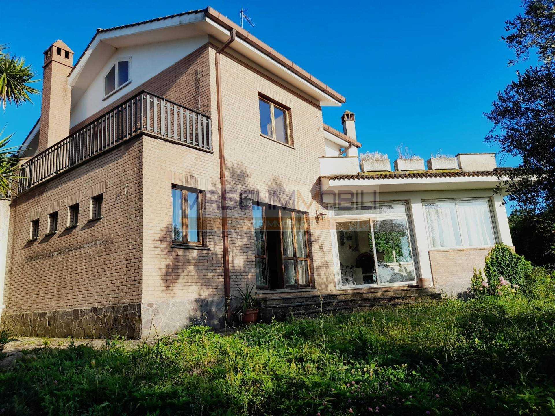 Villa in vendita a Civitella San Paolo, 4 locali, prezzo € 240.000   CambioCasa.it