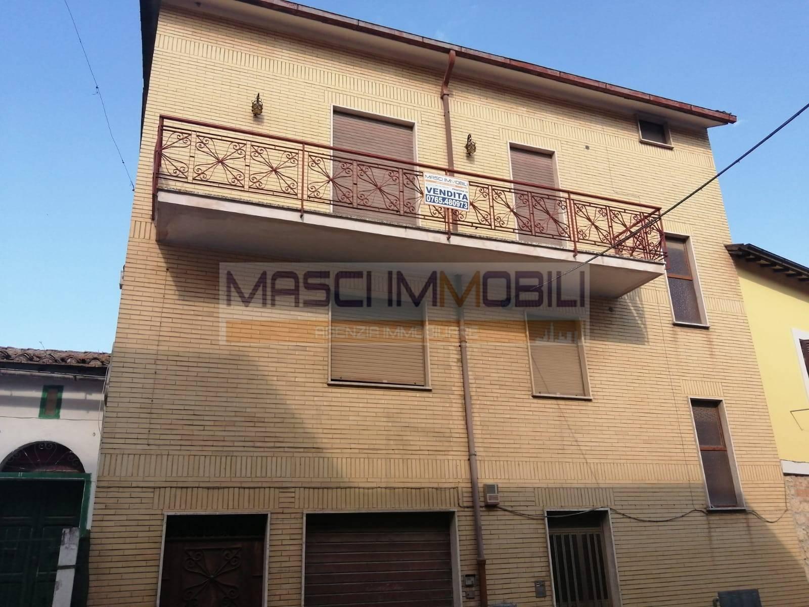 Appartamento in vendita a Civitella San Paolo, 3 locali, prezzo € 35.000   CambioCasa.it