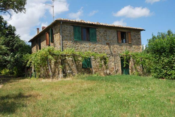 Rustici casali a montalcino in vendita e affitto for Piani di casa di lusso rustico